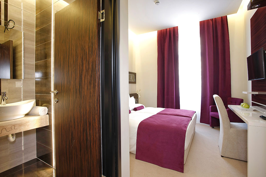 Hotel-Theater-Belgrade-Room-7